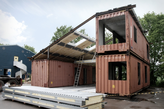 Sustainable whf house from recycled materials for Reclaimed house materials