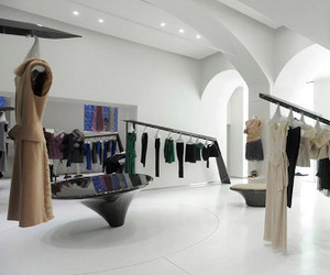 Sybarite designed store in Moscow