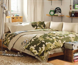 Teenage Bedroom Design - Military Themed