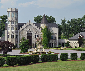 Tennessee's Crantzdorf Castle offered at June 16 auction