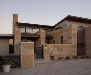 Terrace Mountain House