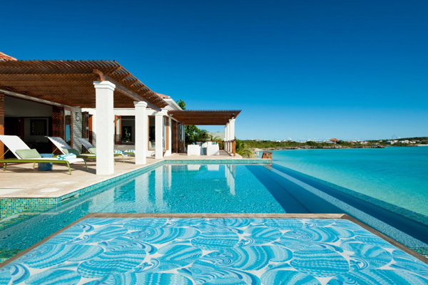 Tropical Island Beach House: Terrapin Residence On Turks And Caicos By Worth Interiors