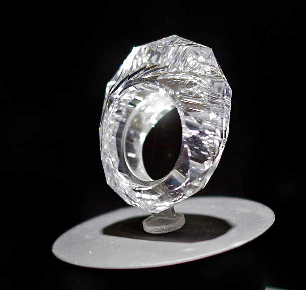 that all diamond ring valued at 70 million. Black Bedroom Furniture Sets. Home Design Ideas