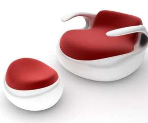 The Aqua Lounge Chair