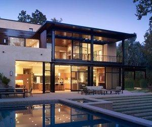 The Brentwood Residence by Studio William Hefner