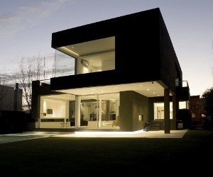 The Casa Negra Home by Andres Remy