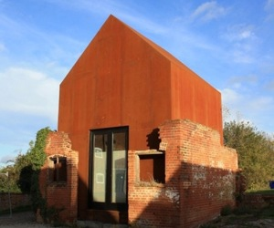 THE DOVECOTE STUDIO