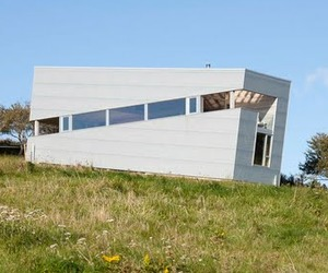 The Incredible and Rentable Sliding House