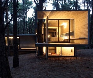 The JD House in Mar Azul by BAK Arquitectos