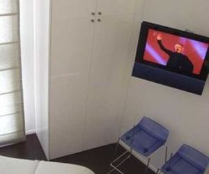 The Lux Pod: For Rent In Central London