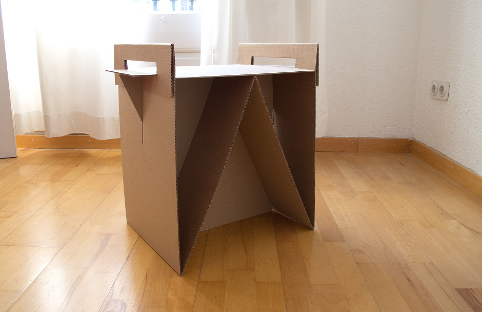 Как своими руками сделать стол из картона