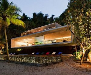 The Paraty House by Marcio Kogan