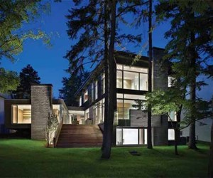The Ravine Residence by Cindy Rendely