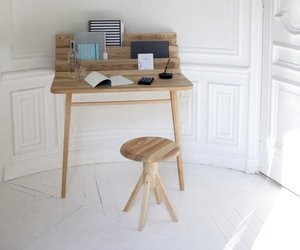The Scriban wall desk by Margaux Keller