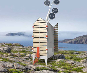 The Self-Sustaining Isoleé House by Tjep.