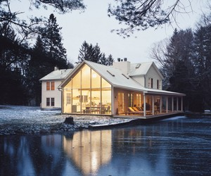 Floating Farmhouse