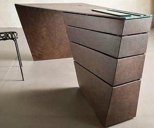 The 'Torque' Desk | IM Lab