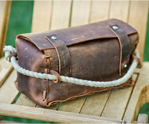 The Triple | Leather Dopp Kit