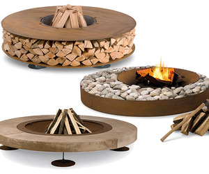 Three Super Hot Outdoor Wood Fireplaces From AK47