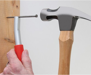 Thumbsaver | Magnetic Nail Setter