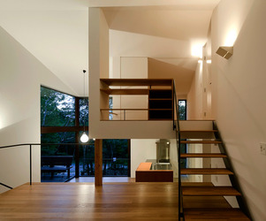 Tiered Lodge by Naoi Architecture and Design