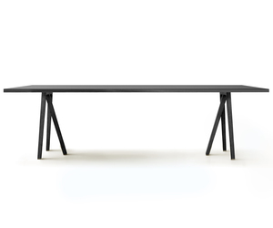 Tommy table