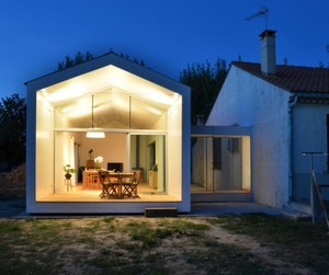 Traditional House Extension by MJ Architects