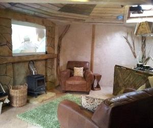 Treehouse Hideaway in Kent, England