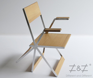 Tripatte Chair by Different and Different