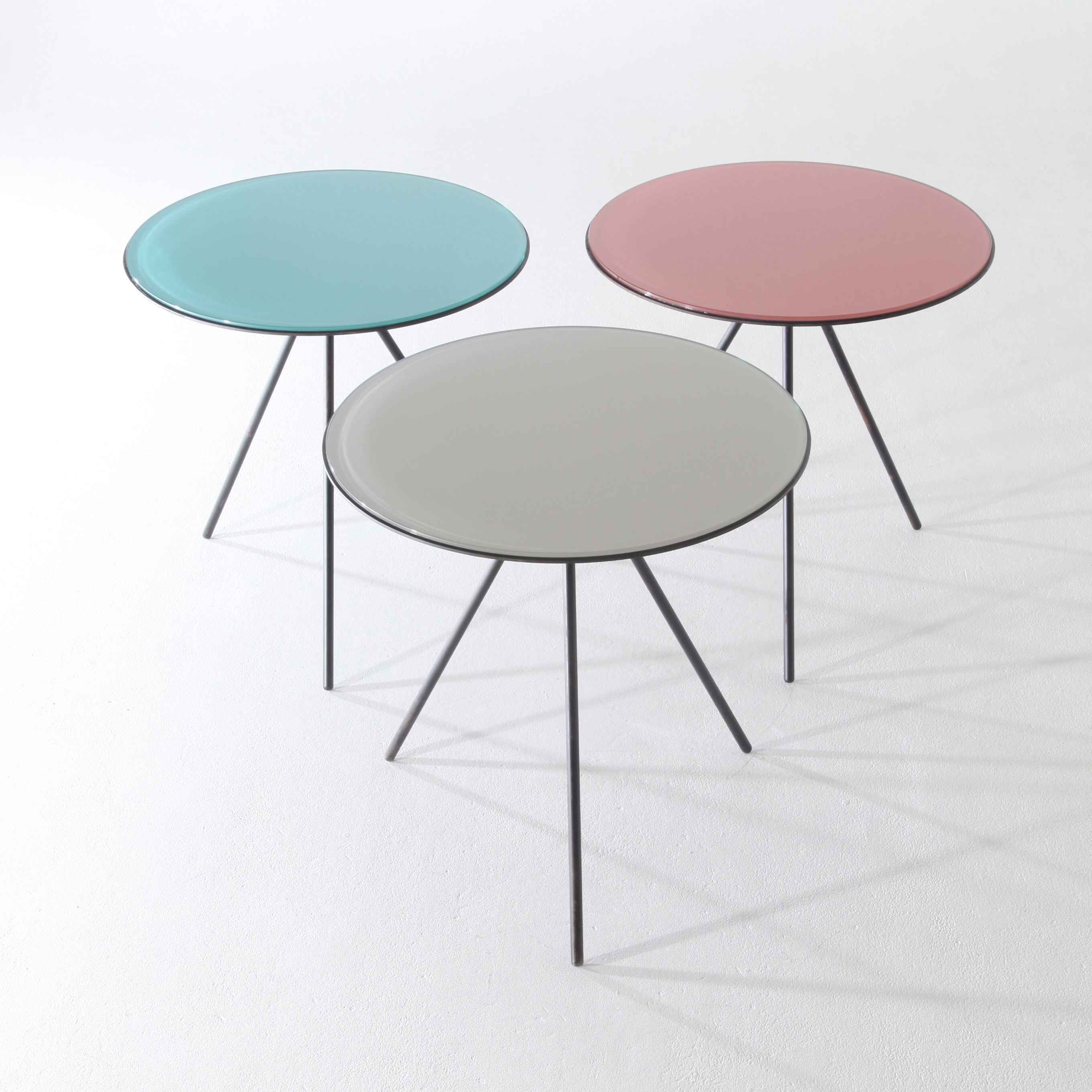 Round 3 Leg Table Designs Side Images Decoration Ideas Watchthetrailerfo