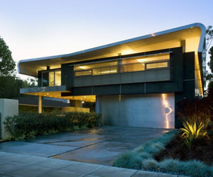 Hickey Residence Sheltering An Outdoor Living/Dining