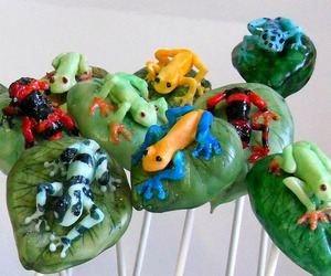 Cake Pops Into Edible Sculptural Art by Sarah Downham