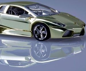 Ultima Jewelry Luxury Toy Car Models In Gold & Platinum