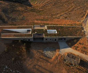 Underground Aloni Residence by decaARCHITECTURE