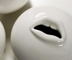Utter Mouth Pot