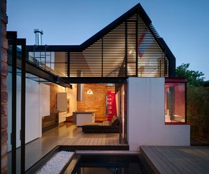 Vader House by Maynard Architects