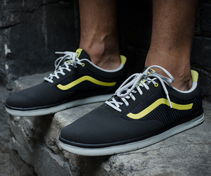 Vans LXVI Graph Lime