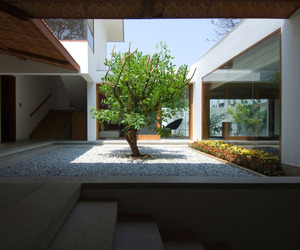 Vastu Compliant House in Bangalore by Khosla Associates