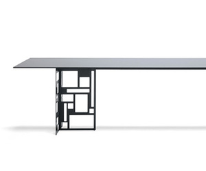 Velasca Dining Table