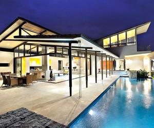 Villa Areopagus by Paravant Architects