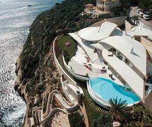 Villa Residencia Rockstar on Mallorca by Alberto Rubio