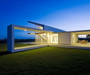 Villa T by Architrend Architecture