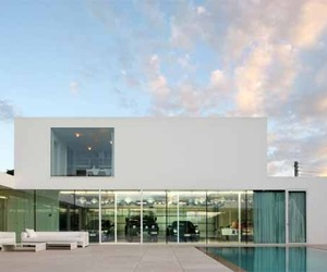 Villa V by Beel & Achtergael Architects