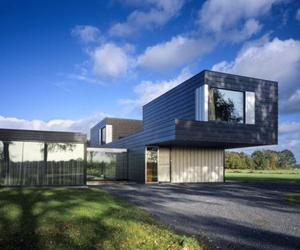 Villa Vriezenveen by Zecc Architects