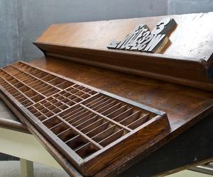 Vintage Hamilton Printmakers Ledge Industrial Modern50