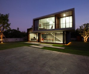 W House in Nakhon Ratchasima  IDIN Architects