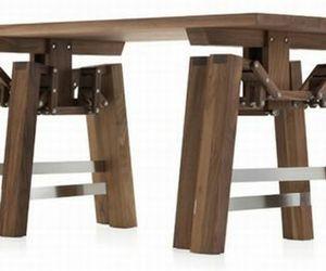 Walking Table Designed By Wouter Scheublin