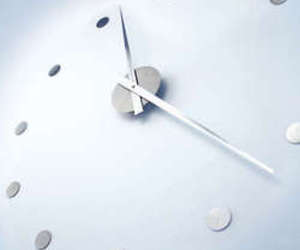 Wanduhr DIY wall clock by Michael Rosing for Radius