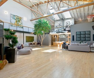 Warehouse Converted into Luxury Loft Apartment