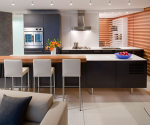 Watergate Apartment by Robert Gurney Architect